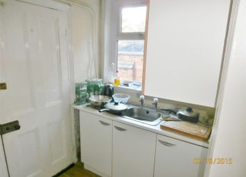 Thumbnail 4 bed property to rent in Thurlow Road, Leicester