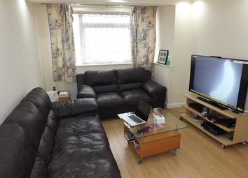 Thumbnail 3 bedroom terraced house to rent in Westcombe Avenue, Croydon