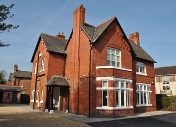 Thumbnail 2 bed detached house to rent in Victoria Road, Chester
