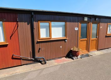 2 bed property for sale in Links Avenue, Mablethorpe LN12