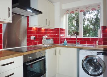 Thumbnail 2 bed farmhouse to rent in Shortlands Close, Belvedere
