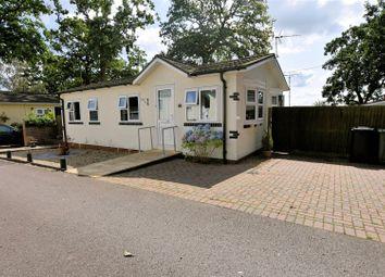 2 bed mobile/park home for sale in Garston Park, Tilehurst, Reading RG31