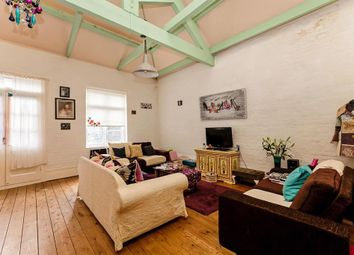 2 bed flat to rent in Beach Mews, Lowestoft NR32