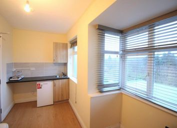 Thumbnail Studio to rent in Highmead, Plumstead