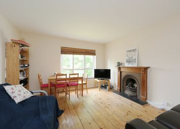 Thumbnail 3 bedroom flat to rent in Cedars Road, Clapham