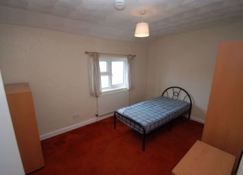 Thumbnail Room to rent in Room 6, Browning Street