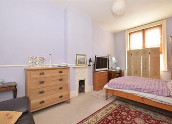 Thumbnail 2 bed flat for sale in Chapel Street, Petersfield, Hampshire