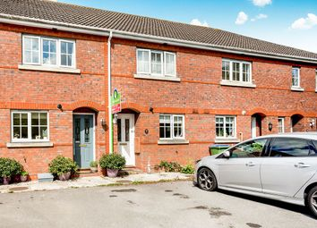 2 bed property to rent in Poinsettia Close, Fareham PO15
