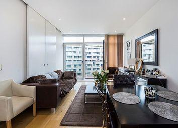 Thumbnail 2 bedroom flat to rent in Hepworth Court, Grosvenor Waterside