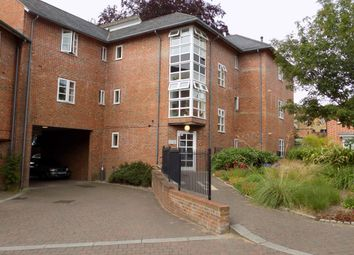 Thumbnail 2 bedroom flat to rent in Friary Gardens, Winchester