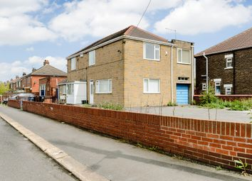 Thumbnail 2 bed flat to rent in Tennyson Avenue, Doncaster