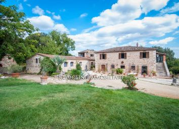 Thumbnail Farmhouse for sale in Rapolano Terme, Tuscany, Italy