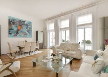 Thumbnail 3 bed flat to rent in Cornwall Gardens, South Kensington