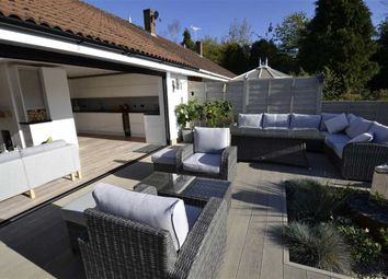 Thumbnail 2 bed semi-detached bungalow for sale in Lipscomb Close, Hermitage, Berkshire