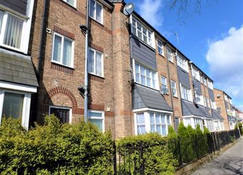 Thumbnail 1 bed flat to rent in Coultas Court, Albert Avenue, Hull