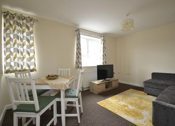 2 bed flat to rent in Southmead Road, Westbury-On-Trym, Bristol BS10