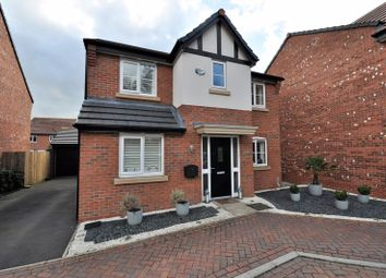 Thumbnail 4 bed property for sale in Dee Avenue, Holmes Chapel, Crewe
