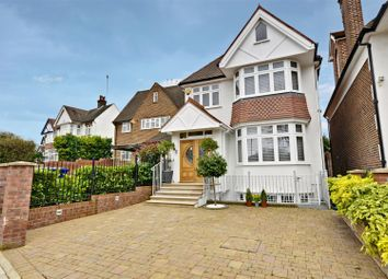 Thumbnail 6 bed detached house for sale in Mount Avenue, London