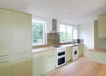 Thumbnail 3 bed town house to rent in Nash Mills, Hertfordshire
