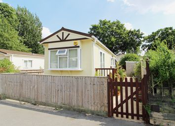 Thumbnail 1 bed mobile/park home for sale in Lyndene Road, Foxhall Manor Park, Didcot