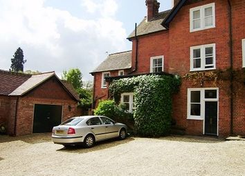 Thumbnail 2 bed flat to rent in Newtown, Berkshire