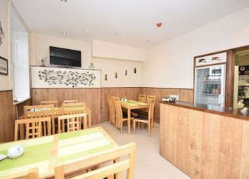 Thumbnail Restaurant/cafe for sale in Westgate End, Wakefield