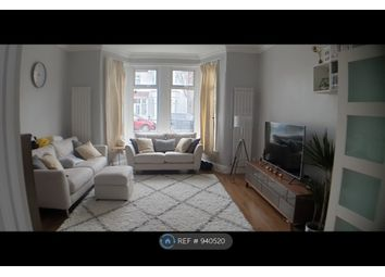 Thumbnail Room to rent in Lynford Gardens, Ilford
