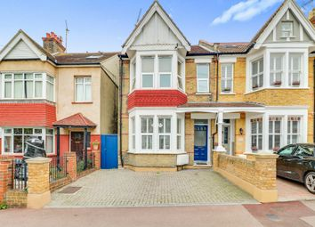 Thumbnail 2 bed flat for sale in Grange Road, Leigh-On-Sea
