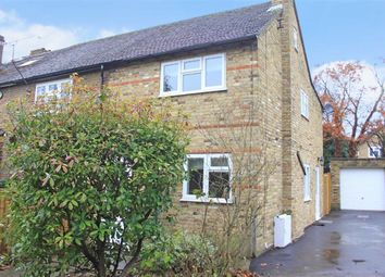 Thumbnail 2 bed cottage for sale in Lock Lane, Maidenhead, Berkshire