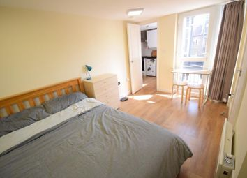 Thumbnail 1 bed flat to rent in Greyhound Road, Fulham, London