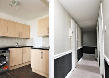 Thumbnail 2 bed flat for sale in 8 Bramlands Close, Battersea