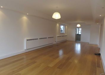Thumbnail 3 bed flat to rent in St James`S Square, Piccadilly
