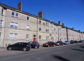 Thumbnail 2 bed flat to rent in Graham Street, Johnstone