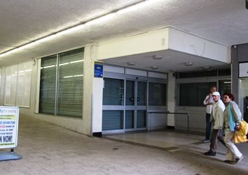 Thumbnail Retail premises to let in 5/6 Crossways Centre, Paignton, Devon