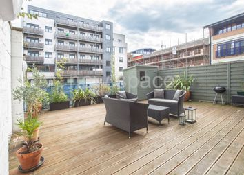 Thumbnail 2 bed flat to rent in Baltic Place, Islington