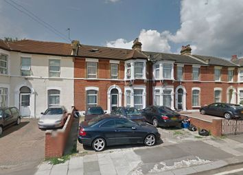 Thumbnail 1 bed flat to rent in Grosvenor, Ilford