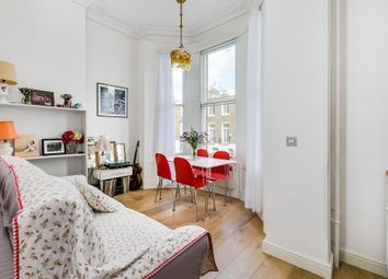 Thumbnail 1 bed flat to rent in Airlie Gardens, Kensington, London