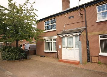 Thumbnail 2 bed flat for sale in Clyde Court, Belfast