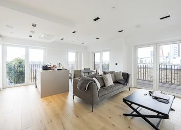 Thumbnail 2 bed flat to rent in 17 Exchange Gardens, London