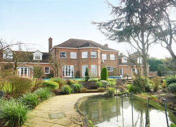 Thumbnail 6 bed link-detached house for sale in Northaw Place, Northaw, Hertfordshire