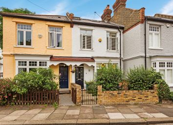 3 bed property for sale in Magnolia Road, London W4