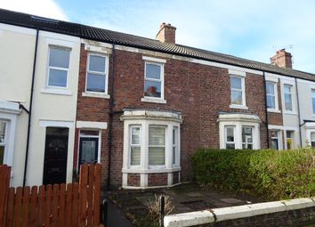 Thumbnail 3 bed flat to rent in Gladstone Terrace, Whitley Bay
