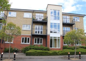 2 bed property for sale in Ercolani Avenue, High Wycombe, Buckinghamshire HP13