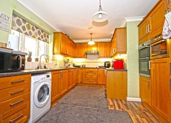 4 bed bungalow for sale in Rosedale Close, Dartford DA2