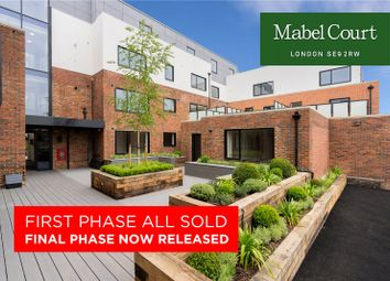 Thumbnail 3 bed flat for sale in Mabel Court, London