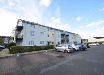 2 bed flat to rent in Gisors Road, Southsea PO4
