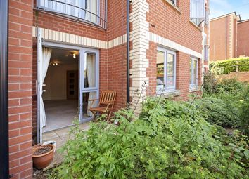8 Douglas Avenue, Exmouth, Devon EX8. 1 bed flat
