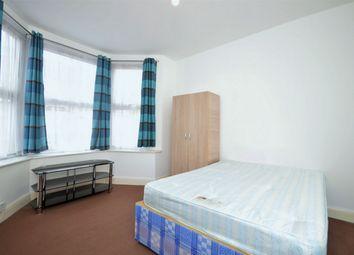 Room to rent in Felixstowe Road, Kensal Green, London NW10