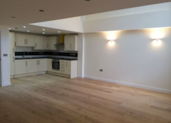 Thumbnail 3 bed flat to rent in Holloway Road, Holloway