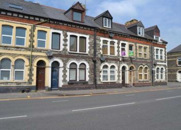 Thumbnail 3 bed flat to rent in Penarth Road, Cardiff